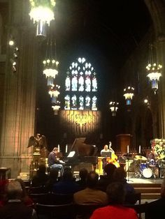 Stratoz: No words ~> a Friday at the Cathedral, Jazz in Cleveland