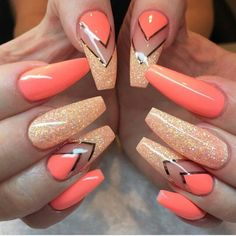 Uploaded by Judiith. Find images and videos about nails, orange and nail art on We Heart It - the app to get lost in what you love. Sexy Nails, Hot Nails, Fancy Nails, Stiletto Nails, Hair And Nails, Coffin Nails, Fabulous Nails, Gorgeous Nails, Pretty Nails