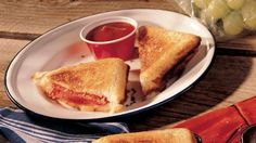 A hike in the woods warrants a great-tasting sandwich with outdoor flavor!