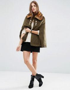 ASOS | Capa estilo militar con cuello de piel sintética de ASOS