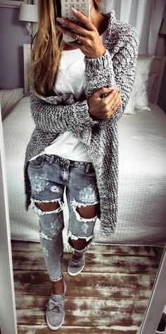 Love this outfit. 36 Pretty Outfit Ideas That Always Look Fantastic – Casual Fashion Trends Collection. Love this outfit. Mode Outfits, Chic Outfits, Spring Outfits, Winter Outfits, Fashion Outfits, Womens Fashion, Fashion Trends, Ladies Fashion, Fashion 2018