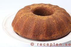 Mjuk pepparkaka - Mycket god mjuk pepparkaka. En underbart god sockerkaka med pepparkakskryddor som är enkel att göra.