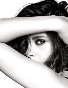 Kristen Stewart pose for Chanel 2016 beauty