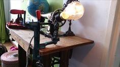 lamp gemaakt van een vintage jaren 50 Triumpf apelschiller!