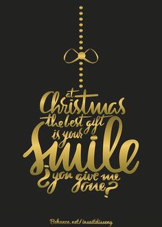 #calligraphy #handmade #lettering #composition #typography #type #letterform #letters #design #christmas #xmas #card #postcard #smile #christmasball