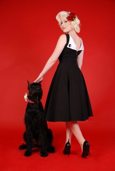 Bettie Page Clothing - Jazmin circle Black Swing dress with folded back Look Fashion, Fashion Beauty, Pin Up Style, My Style, Retro Style, Classic Style, Bettie Page Clothing, Vintage Outfits, Vintage Fashion