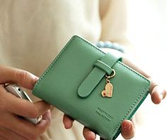 new fashion for women lovely clutch wallet short,small, and handy.