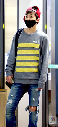 this short with eye-catching yellow stripes would look great with dark grey trousers.