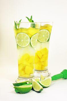 agua de mango con limón