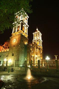 Chulada de catedral #Puebla y espectacular por la noche