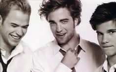 Emmet, Edward & Jacob.- Look how funny they are. I know it's all for show.