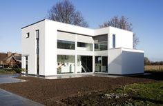 Dewaele Houtskeletbouw: Realisatie houtskeletbouw, eigentijdse villa in Ieper