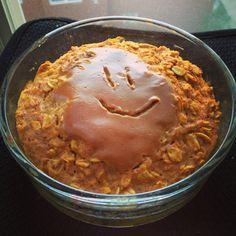 """Pumpkin PB2 """"Smile"""" Baked Oatmeal"""