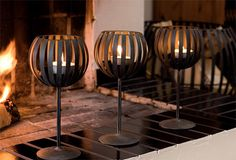 pallo candle holders