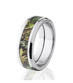 Mossy Oak Pink Camo Wedding Ring - Men