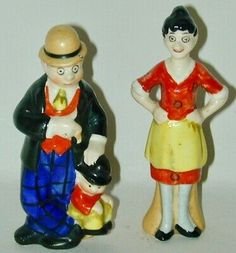 One features Moon Mullins & his kid brother Kayo together & the other is Emmy Schmaltz, their landlady. Emmy is tall & Moon 3 Moon is stamped GERMANY in blue ink on the bottom. Salt And Pepper Set, Salt Pepper Shakers, Rose Design, Alice In Wonderland, 1920s, Pixie, Tea Pots, German, Porcelain
