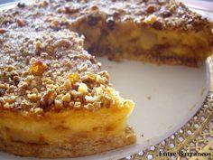 Ésta es la primera de las tartas de manzanas que aparecerán en este blog, son una de las preferidas en casa, así que habrá variedad, todas, ...