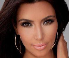 Kim Kardashian aime le Mascara3D deYounique: Kim Kardashianaime totalement le Mascara 3Dde Younique «il donne un regard effet faux cils sans les abîmer !» Redécouvrez …