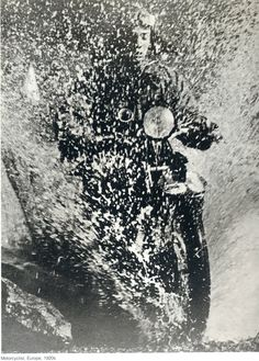 Martin Munkacsi: Motorcyclist, Budapest, 1923 Terrific action shot for the time--I could see Russell doing something like this. Martin Munkacsi, Most Famous Photographers, Great Photographers, Henri Cartier Bresson, Richard Avedon, Budapest, Harper's Bazaar, Old Photography, Lights