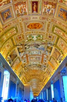 The Vatican Museum - Privileged Entrance Tour. Best way to visit and beat the crowds. Click to find out how! @venturists