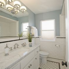 Craftsman Bathroom Design Ideas, Pictures, Remodel, and Decor - page 5