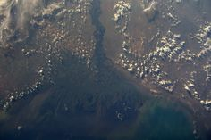 Jeff Williams @Astro_Jeff  Jul 22 The expansive Volga River Delta on the Caspian Sea.