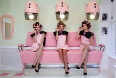 Pop-Up Store benefit   #benefit #popupstore #popupshop #popupimmo #boutiqueéphémère  www.popupimmo.com