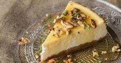 Ελληνικό cheesecake με γιαούρτι!!!!      Υλικά  για τη βάση  250 γρ. μπισκότα τύπου digestive  100 γρ. βούτυρο λιωμένο  για την κρέμα  12...