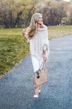 Today's post is all about keeping things classic and chic. I love wearing white when there's snow on the ground because it seems wrong but is so right! The City Blonde