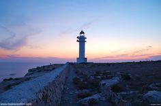 #Fly #me #Away to #Ibiza: #Setembro em #Formentera | #visitar a #ilha #paraíso do #Mediterrâneo #férias #experiências  #barco #natureza #cultura #proteção #MeioAmbiente #tranquilidade #Faro #CapBarbaria