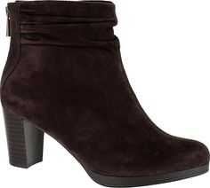 Bella Vita Women's Shoes in Brown color. #shoes #fashion #style #footwear #shoe #shoesoftheday #shoestrend #shoeporn