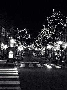 Visit Downtown State College, PA when visiting Penn State - shopping, dining, and entertainment all throughout town.