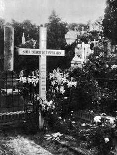 THÉRÈSE de LISIEUX (Sainte) (Thérèse Martin : 1873-1897 ...