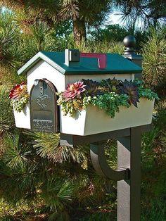 Amazing diy letter boxes for your home - DIY Zero Mailbox Planter, Mailbox Garden, Diy Mailbox, Mailbox Landscaping, Mailbox Post, Mailbox Ideas, Landscaping Ideas, Diy Letter Boxes, Diy Letters