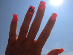 Fun starfish nails for summer!