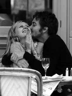 This celeb couple is my all time favorite!! Too bad they broke up! Kirsten Dunst & Jake Gyllenhaal