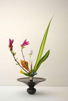 Ikebana style Rikka Shimputai Ikenobo - Artcraft ©2015 par Thai Mai Van -  Artisanat