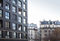 Lot 4.2 is part of the new Clichy-Batignolles mixed development area and is located at the edge of boulevard Pereire, at the meeting point of two different periods in the history of Paris' urban development. The building plays a key role in linking these two architectural worlds.