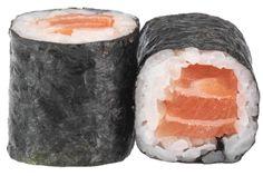 MAKI SAUMON  - rouleau de riz enroulé de nori et garni d'un dé de saumon