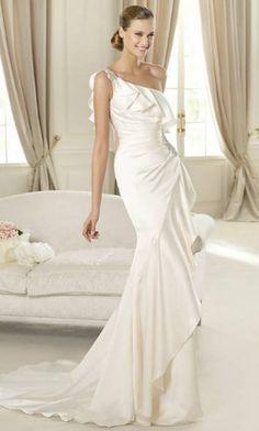 c82173230d39c Nuovi modelli Pronovias 2013  Foto  Pronovias Wedding Dress