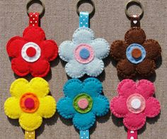 felt flower keychains