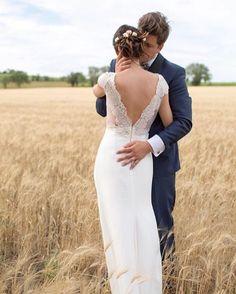 Fields of dreams ✨🌾 ... Amazing bride @laurie_malet in our Zeppelin gown with her sweet love #rimearodakybride