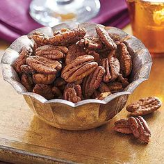 Traditional Thanksgiving Dinner: Sweet and Spicy Roasted Pecans recipe Spiced Pecans, Roasted Pecans, Sugared Pecans, Candied Pecans, Almonds, Thanksgiving Recipes, Holiday Recipes, Holiday Foods, Holiday Gifts