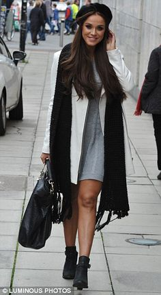 Vicky Pattison wows in grey knitted dress as she leaves boutique #dailymail