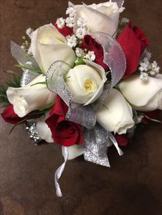 red and white spray roses  by Crickets Flowers Lexington Ma 781-861-1030 www.cricketsflorist.com