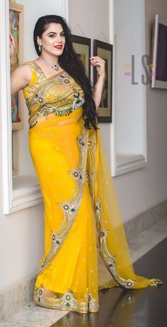 Drape Sarees, Beautiful Girl Image, Fancy Sarees, Indian Beauty Saree, Beautiful Saree, India Beauty, Beauty Women, Sari, Autumn
