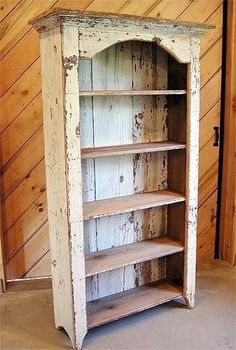Salvaged wood furniture is trendy at the moment, as people are tending to go for the renewal of old pieces instead of buying new ones. Primitive Furniture, Repurposed Furniture, Shabby Chic Furniture, Pallet Furniture, Furniture Projects, Rustic Furniture, Furniture Makeover, Painted Furniture, Diy Projects