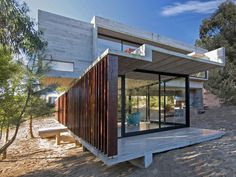 MR House is a private home located in La Esmeralda, Argentina. It was designed in 2014 by Luciano Kruk Arquitectos.