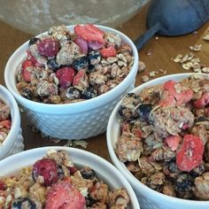 Triple Berry Almond Protein Packed Granola Quick Breakfast or Snack Idea So EASY & SERIOUSLY delicious! Directions for 1 batch: {Makes 5 cups-about 10 servings} Clean Eating Recipes, Clean Eating Snacks, Healthy Snacks, Healthy Eating, Kid Snacks, Healthy Recipes, Yummy Recipes, Real Food Recipes, Cooking Recipes