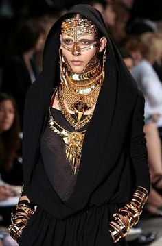Givenchy fall 2009 Couture jewellery